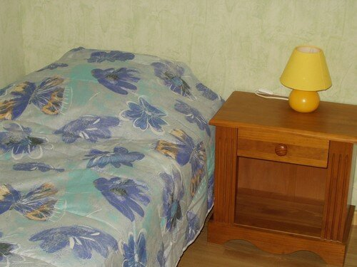 chambre des enfants, vue sur le lit droit