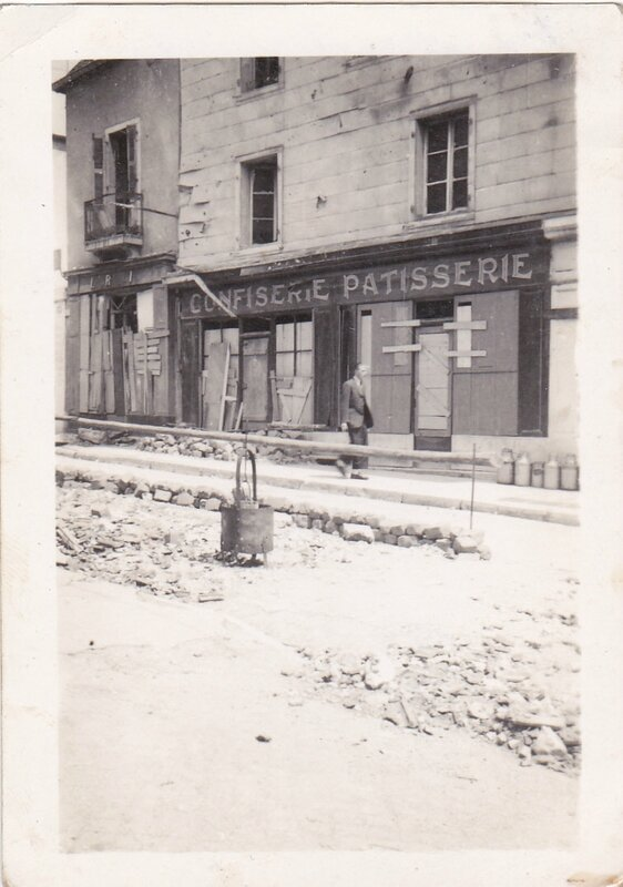 marchand de parapluies photos magasin rue des Chaprais_0004 (2)