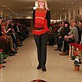 pull tricoté rouge orangé