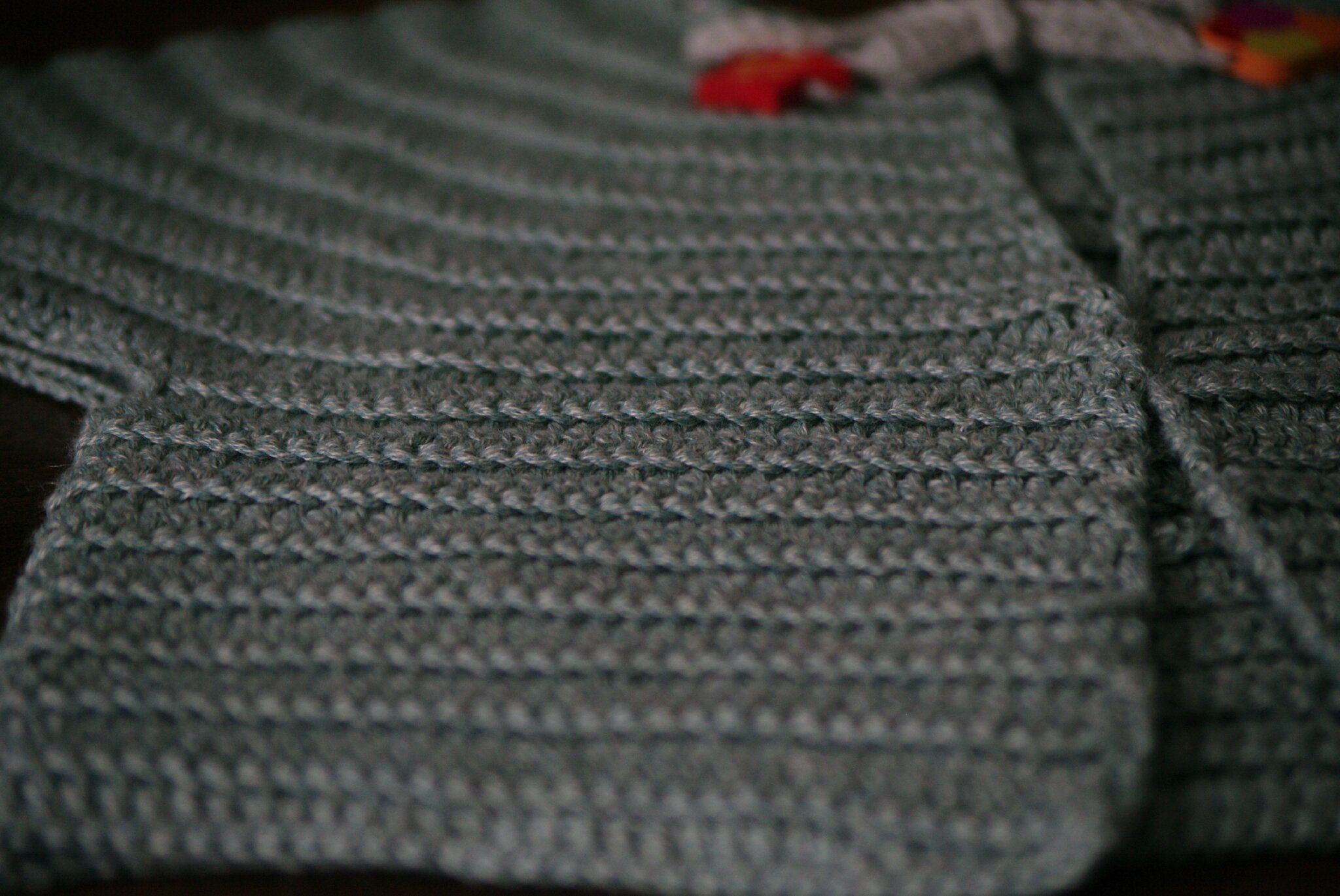 crocheter un gilet rond top-down