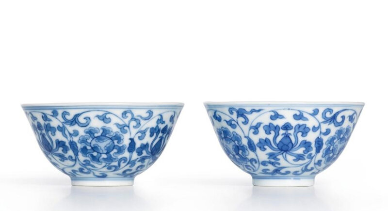 A fine pair of small blue and white cups, Yongzheng marks and period (1723-1735)