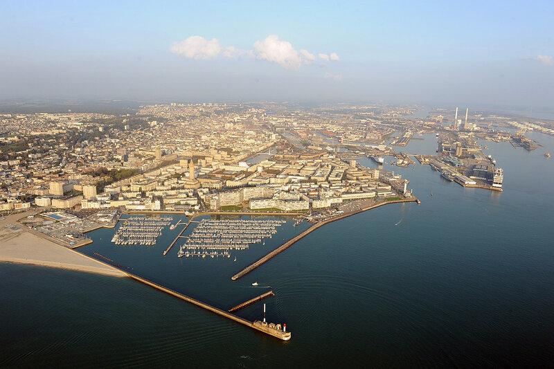 1280px-Vue_aérienne_de_la_ville_du_Havre