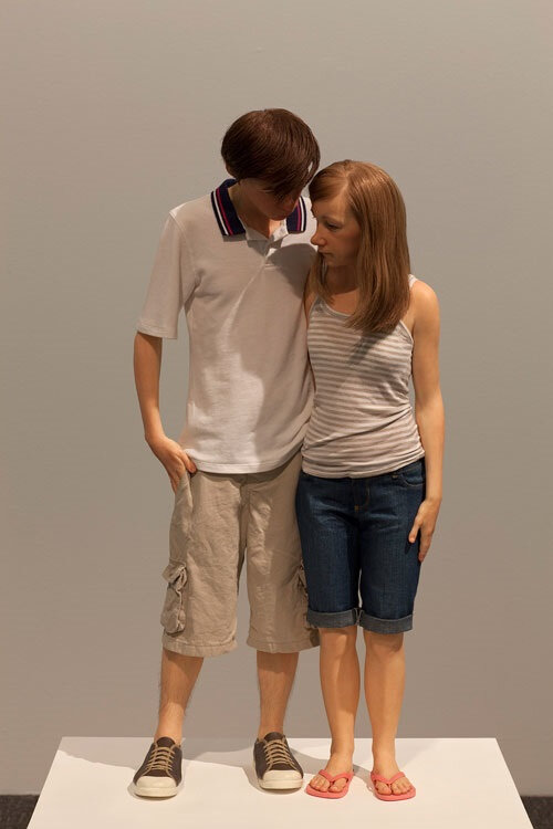Ron Mueck_09-Young-Couple