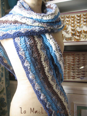 crochet_afghan__ripple_blue_3