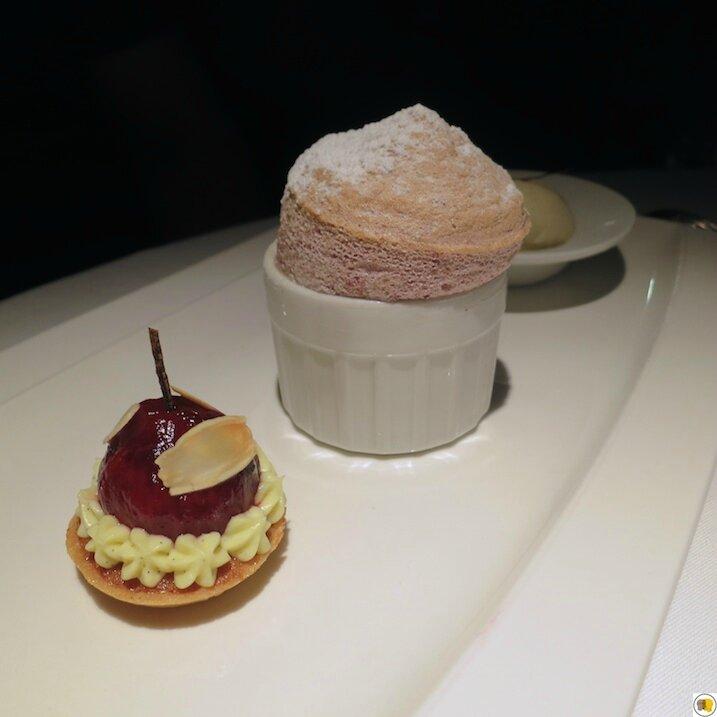 Figue en soufflé chaud, en bouchée croquante et glace Bourbon (3)