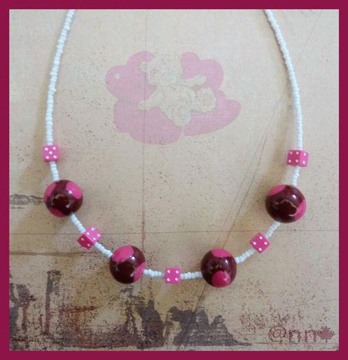Collier fimo fillette rose bordeaux pois dès n° 18 (N)