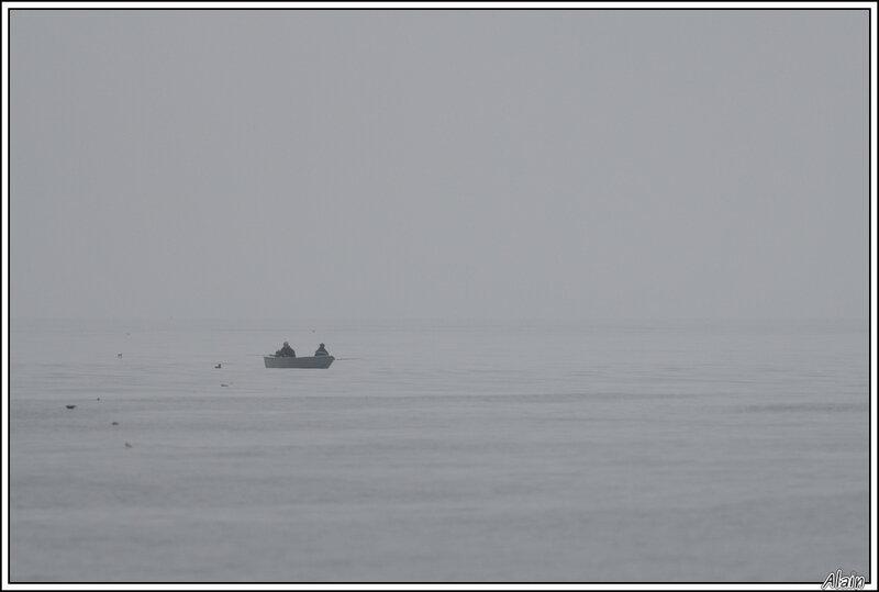 pêcheurs en coquille de noix
