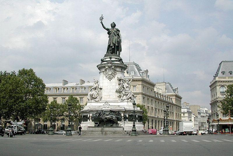 Place_de_la_Republique