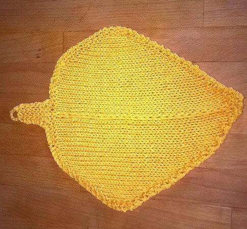 201810 défi tricot lavette feuille