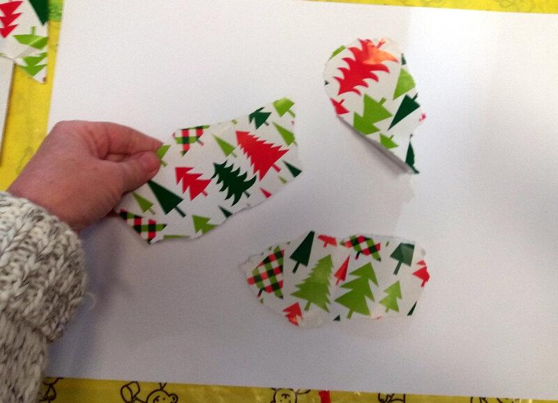 346-Compositions abstraites-Recyclage papiers cadeaux (5)