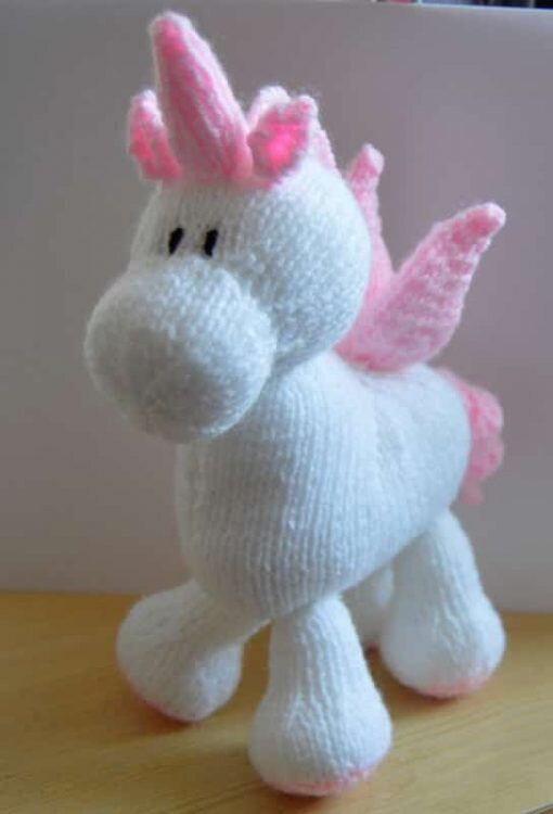 Traduction Stardust the Unicorn - Knitting by Post